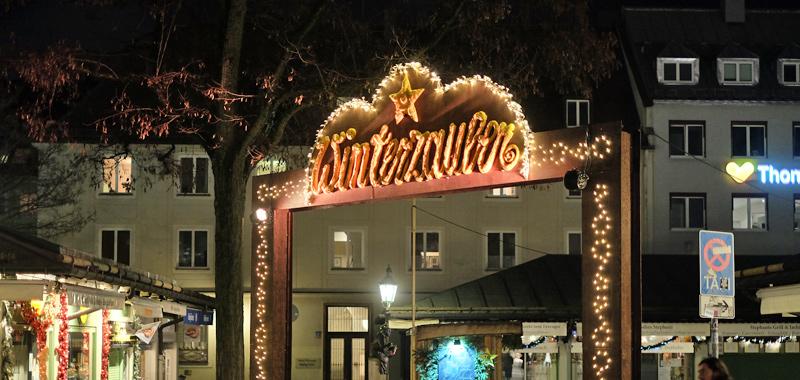 Exklusive Weihnachtsbeleuchtung für Gebäude und Plätze