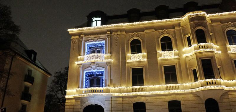 Weihnachtsbeleuchtung für Fassaden