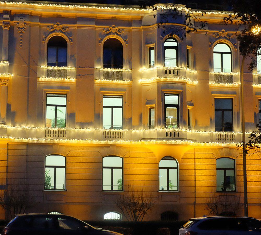 Exklusive Weihnachtsbeleuchtung München, Königinstrasse
